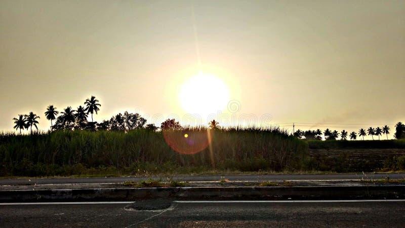 Por do sol da estrada imagens de stock