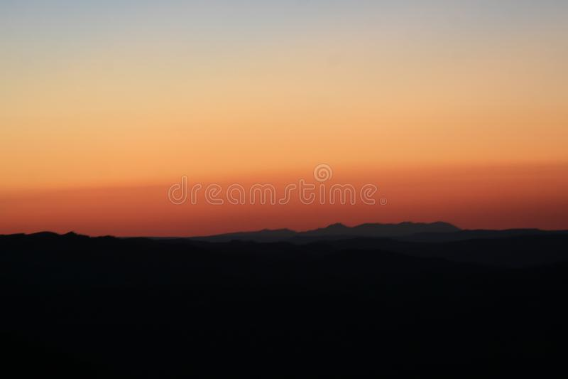 Por do sol da montanha fotos de stock royalty free