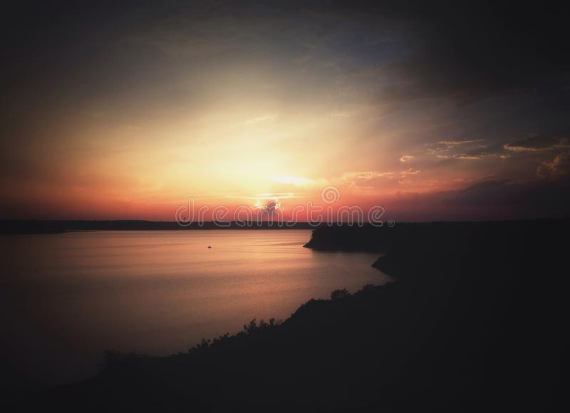 Por do sol da noite imagem de stock royalty free