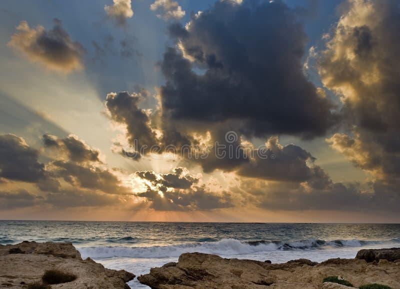 Download Por do sol da praia foto de stock. Imagem de colorido - 10061050