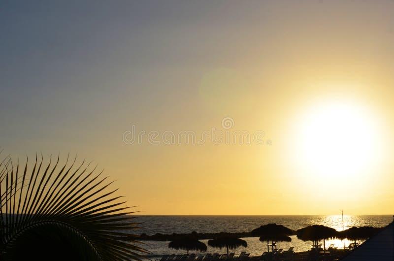 Por do sol da praia em florida imagens de stock