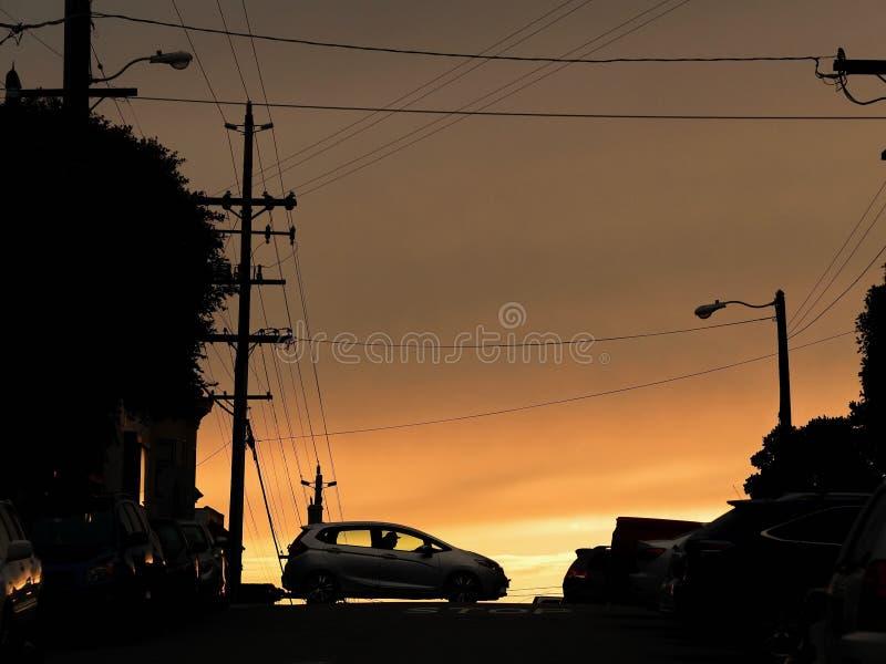 Por do sol de Dramitic em San Francisco fotografia de stock