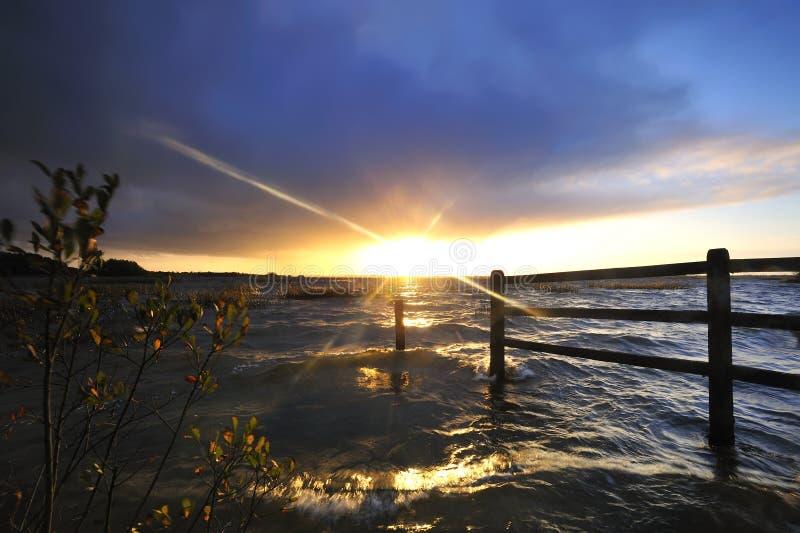 Por do sol de Ennel do Lough fotos de stock royalty free