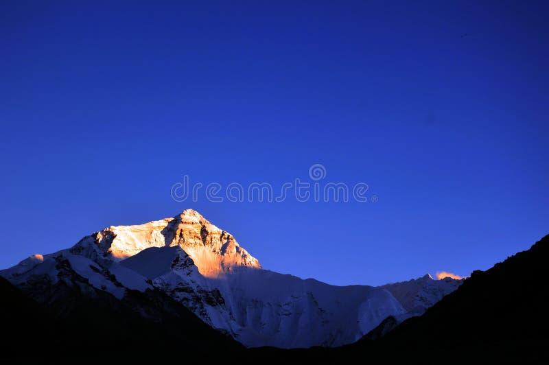 Por do sol de Everest imagem de stock