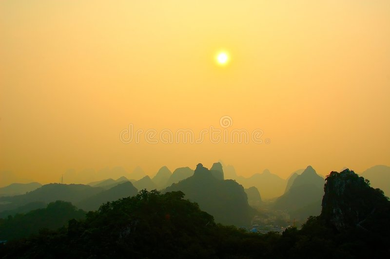 Por do sol de Guilin fotos de stock