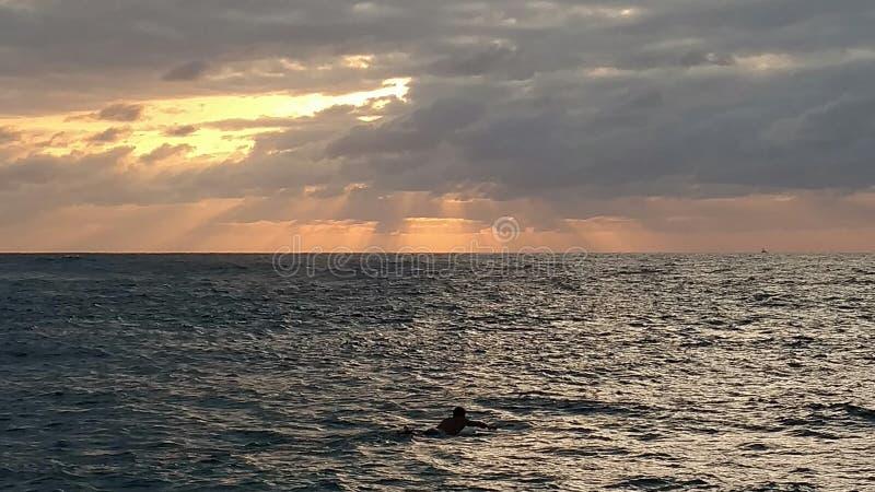 Por do sol de Havaí fotos de stock royalty free