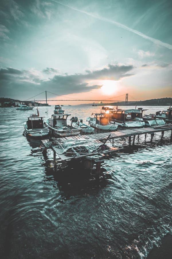 Por do sol de Istambul imagens de stock
