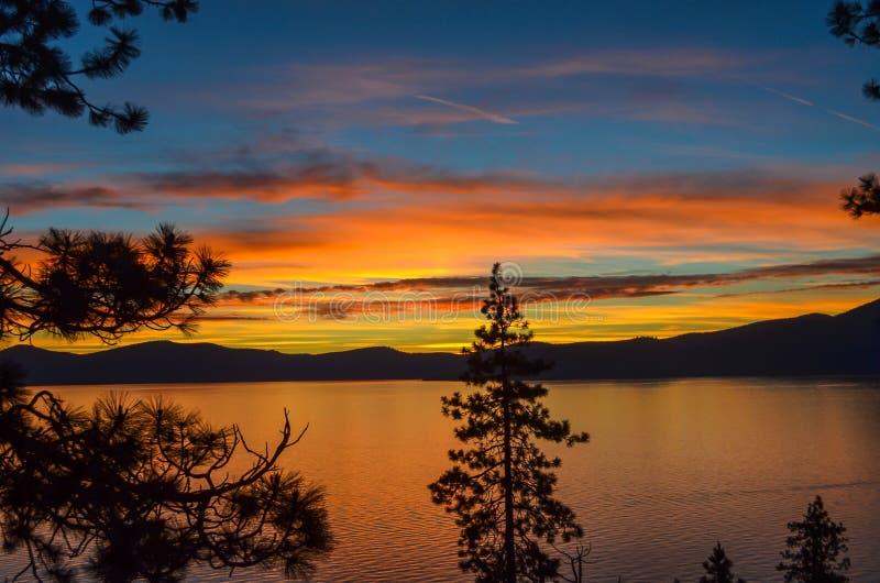 Por do sol de Lake Tahoe fotos de stock