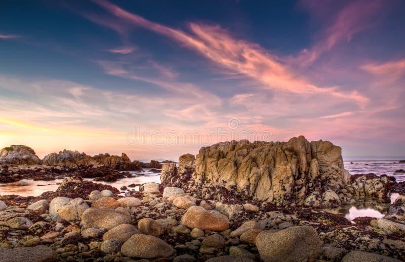 Por do sol de Monterey, Califórnia imagem de stock