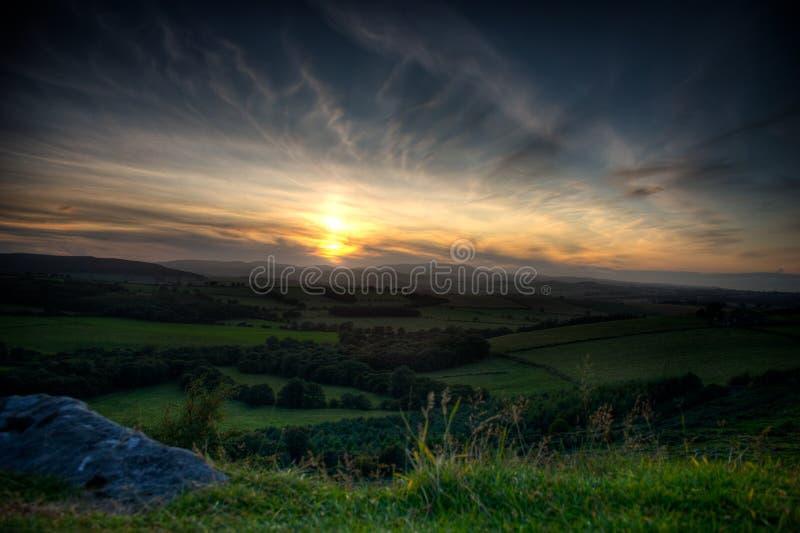 Por do sol de Northumberland fotos de stock