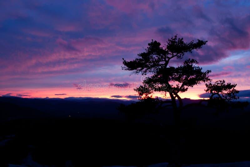 Por do sol de pedra do parque estadual da montanha foto de stock