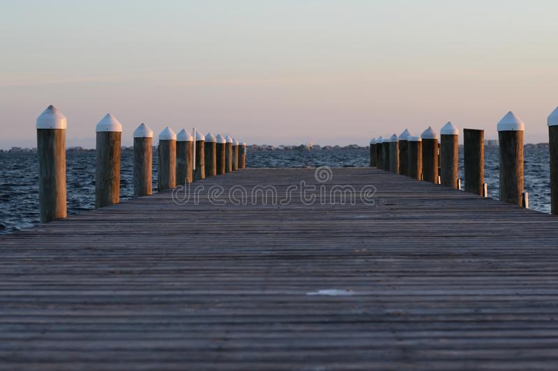 Por do sol de Peir fotografia de stock royalty free