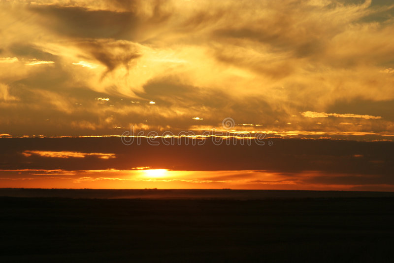 Por do sol de Saskatchewan foto de stock