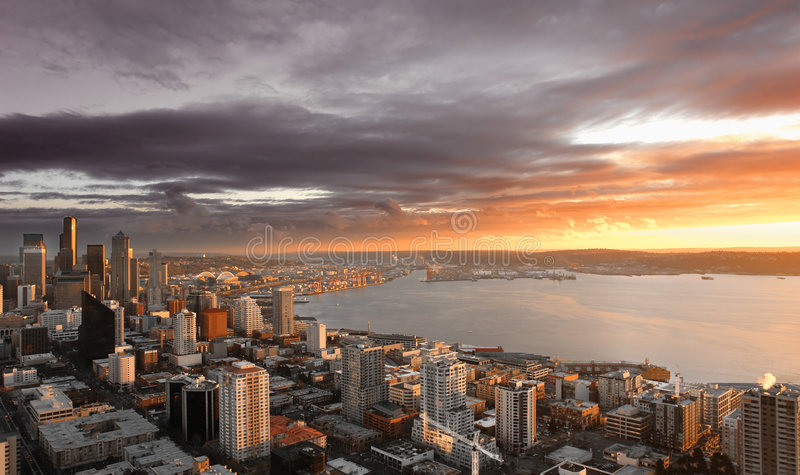 Por do sol de Seattle fotografia de stock