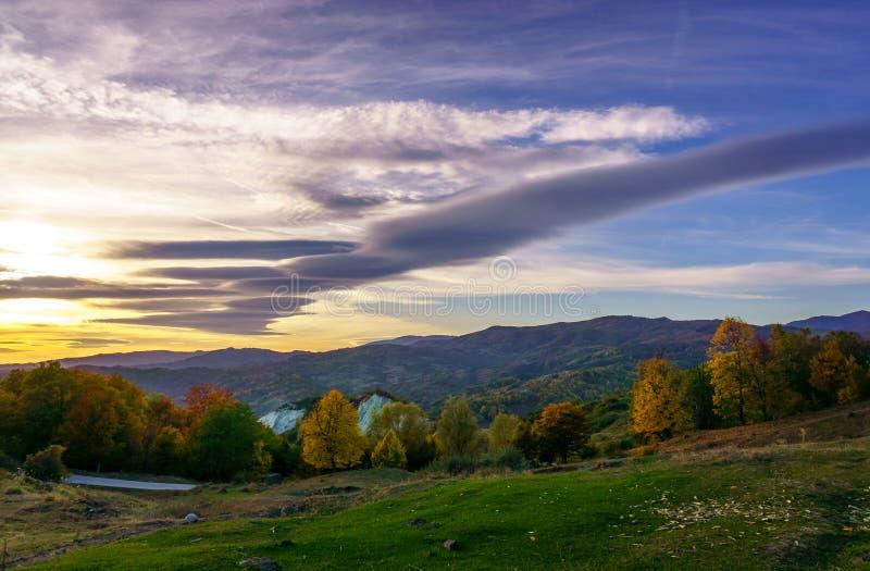 Por do sol de Slanic Prahova fotografia de stock