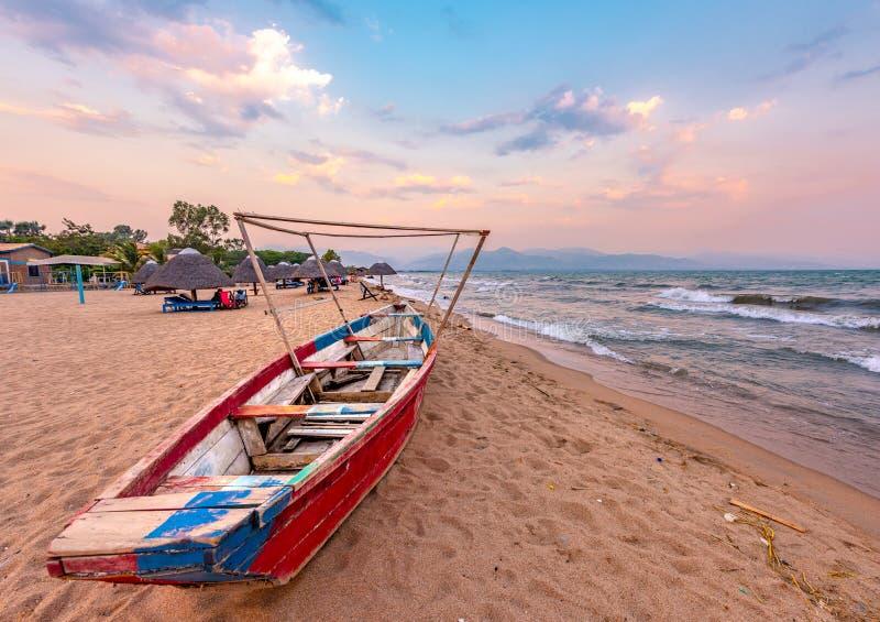 Por do sol de Tanganyika do lago burundi Bujumbura fotos de stock royalty free