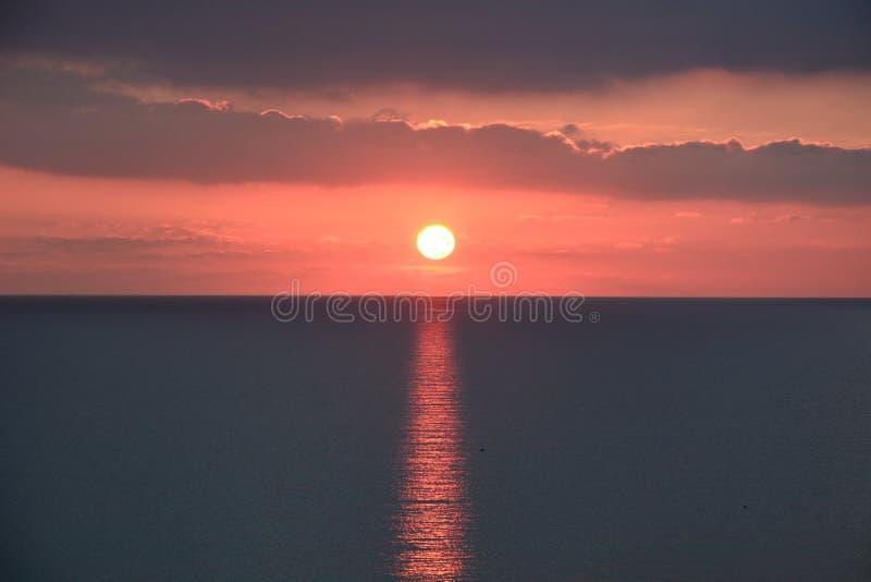 Por do sol do inverno em Malta imagens de stock