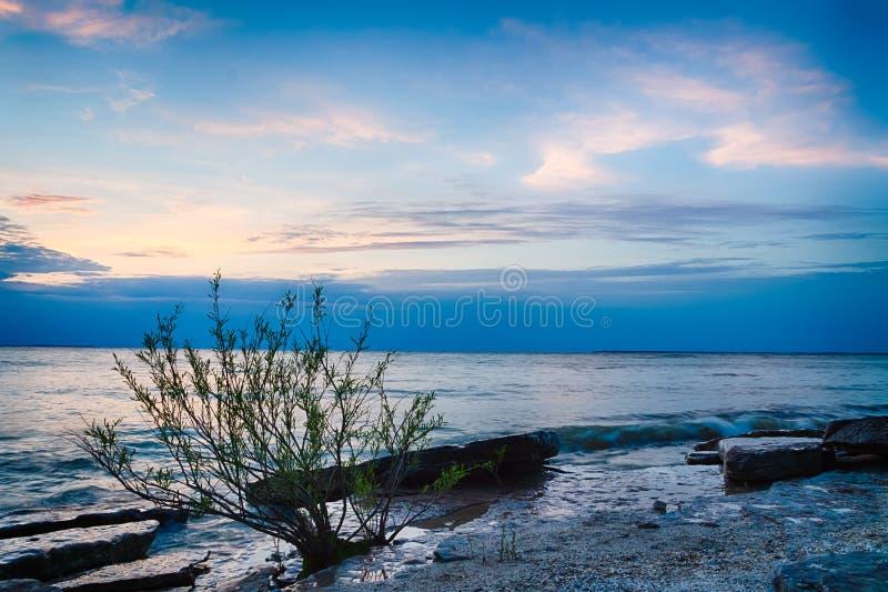 Por do sol do Lago Erie imagens de stock