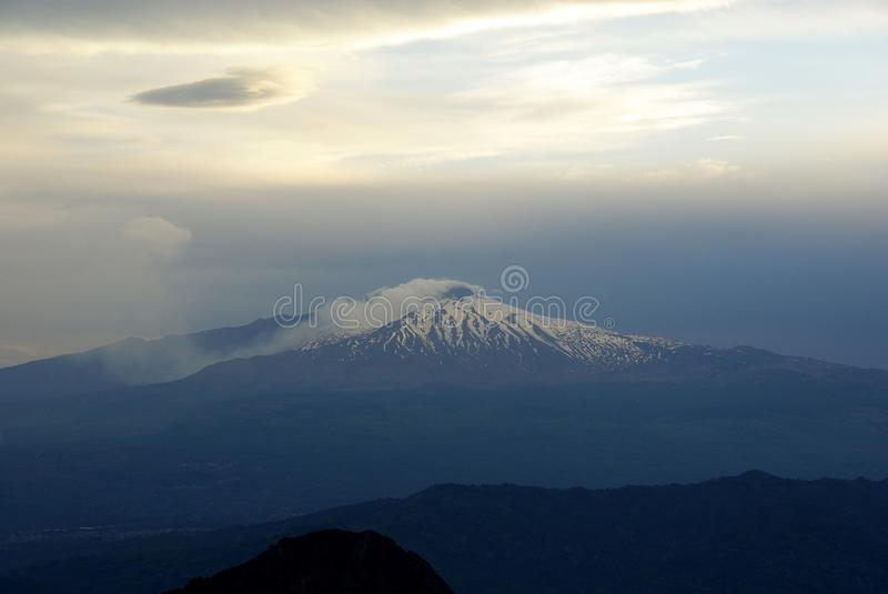 Por do sol do Mt Etna fotografia de stock