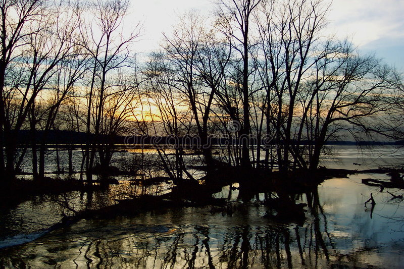 Por do sol do rio de Potomac fotos de stock royalty free