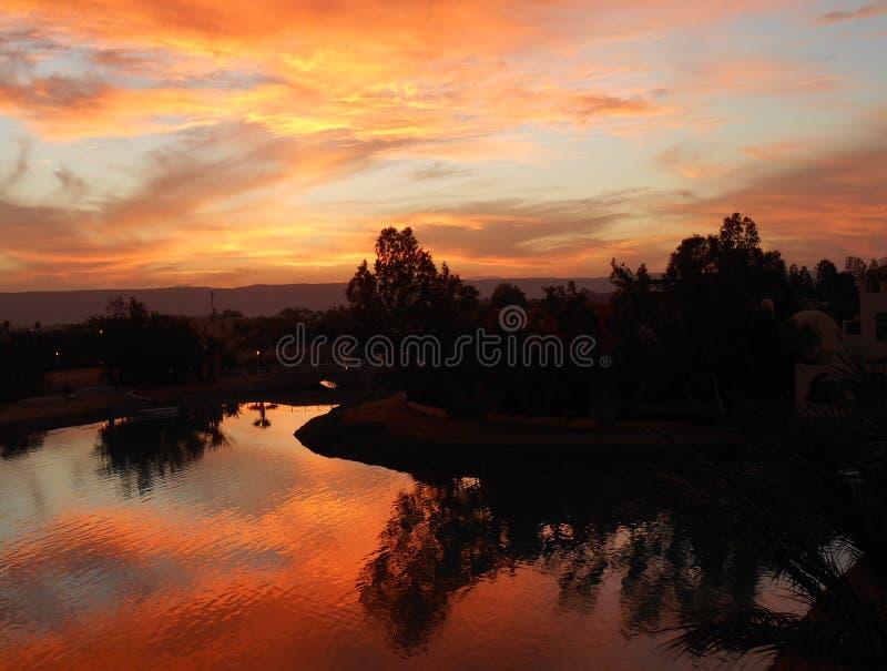 Por do sol do vermelho do EL Gouna foto de stock