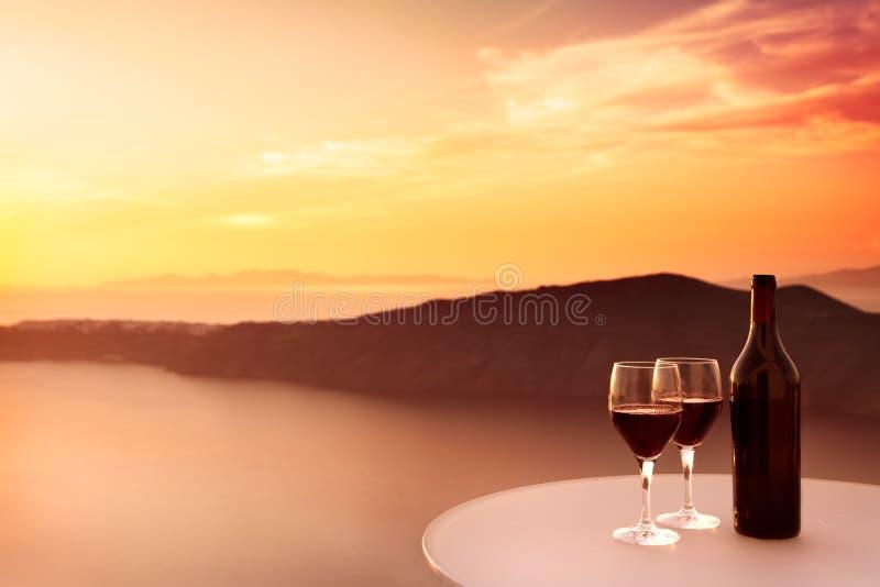 Por do sol do vinho vermelho fotos de stock royalty free