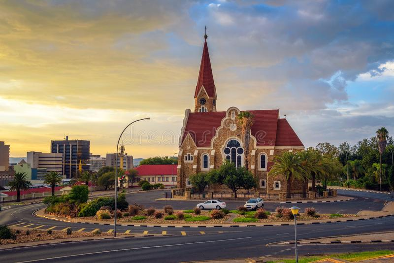 Por do sol dram?tico acima de Christchurch, Windhoek, Nam?bia fotografia de stock royalty free