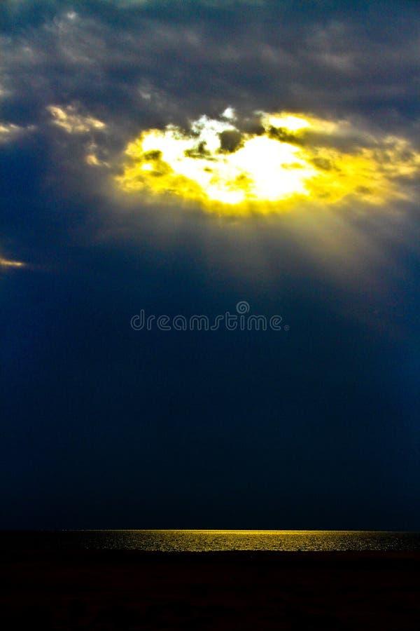Por do sol e o céu imagens de stock royalty free