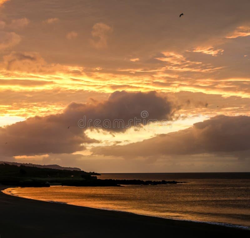 Por do sol em Açores foto de stock