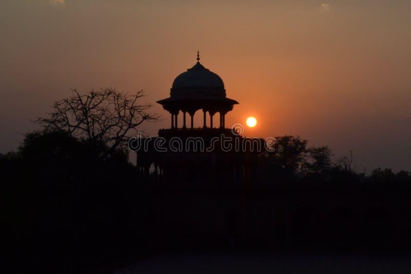 Por do sol em Agra imagem de stock