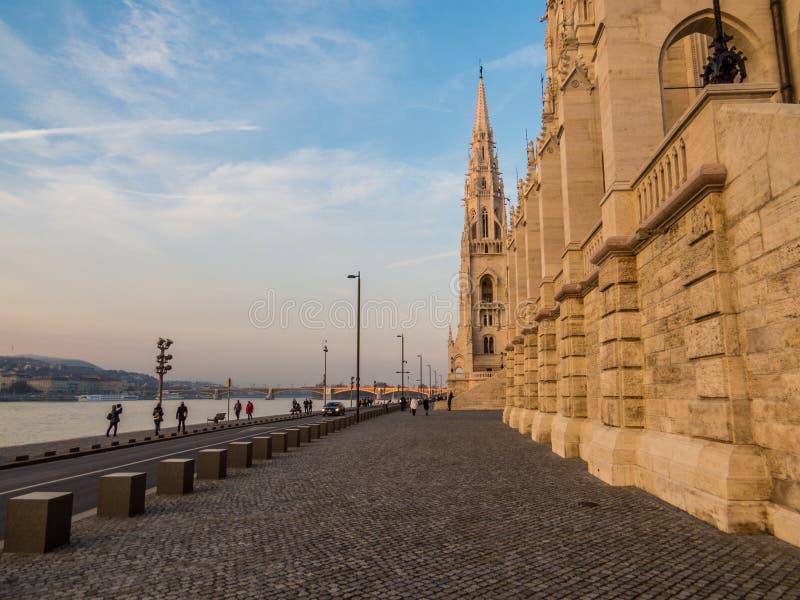 Por do sol em Budapest imagem de stock