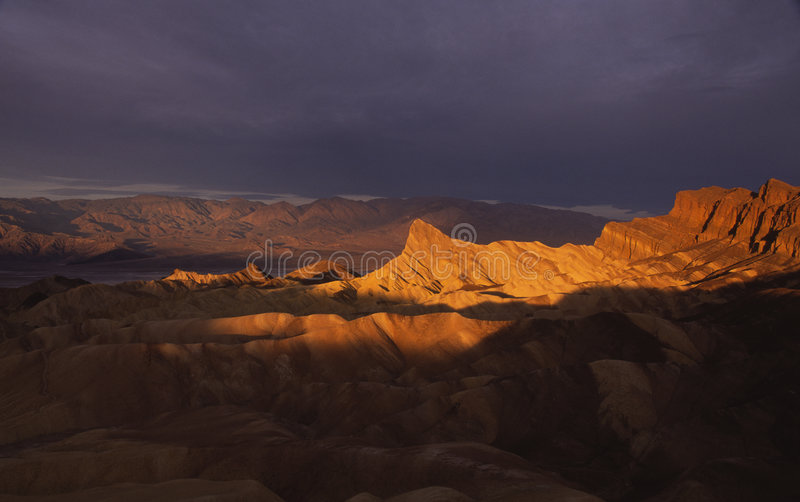 Por do sol em Death Valley fotografia de stock