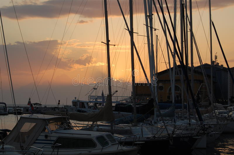 Por do sol em Eslovênia foto de stock royalty free