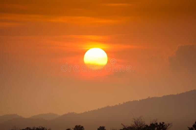 Por do sol em fenômenos naturais fotos de stock
