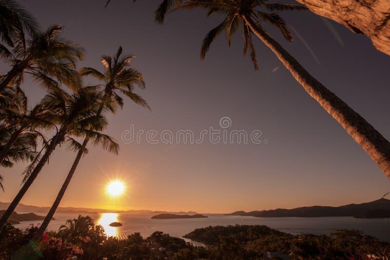 Por do sol em Hamilton Island, Austrália imagem de stock royalty free