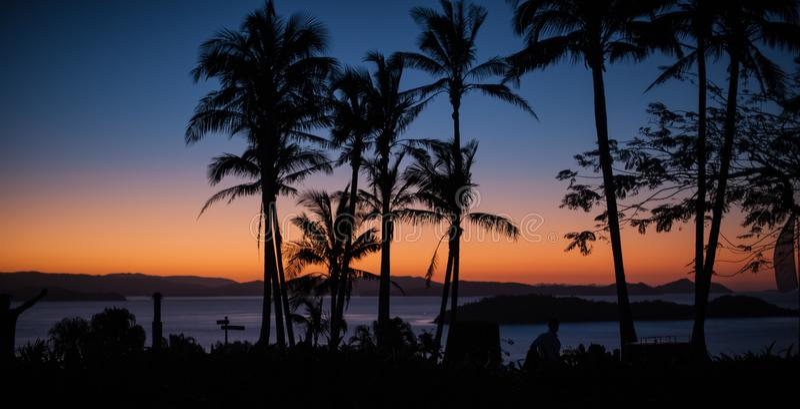 Por do sol em Hamilton Island, Austrália imagens de stock
