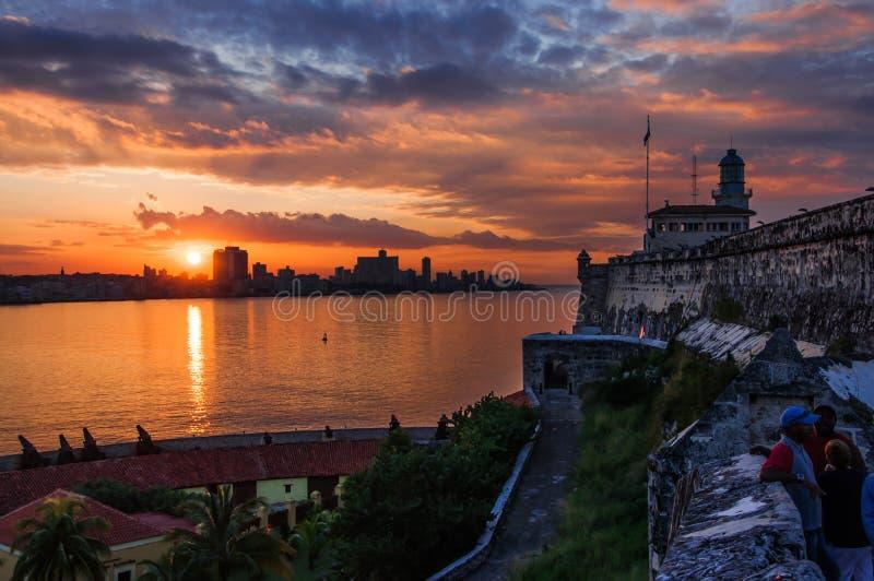 Por do sol em havana, Cuba fotografia de stock