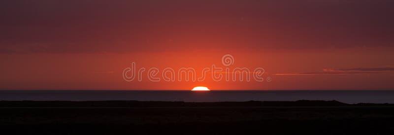 Por do sol em Islândia imagens de stock