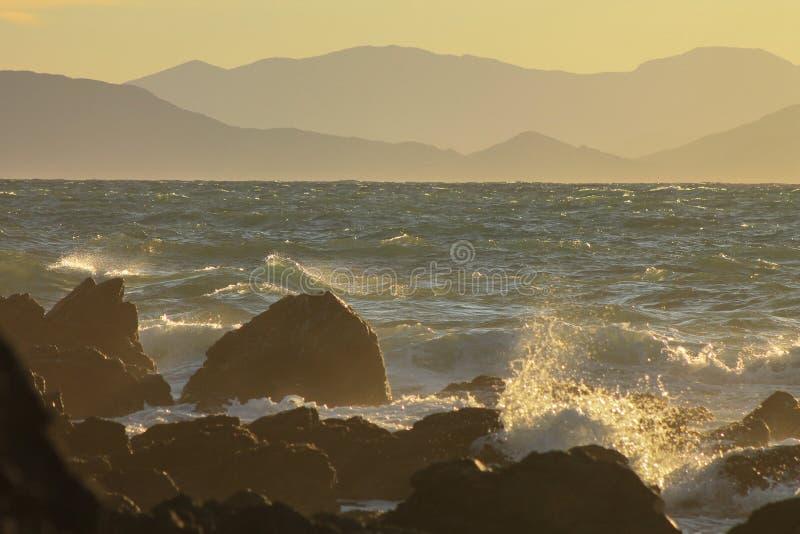 Por do sol em Makara, Nova Zelândia fotografia de stock royalty free