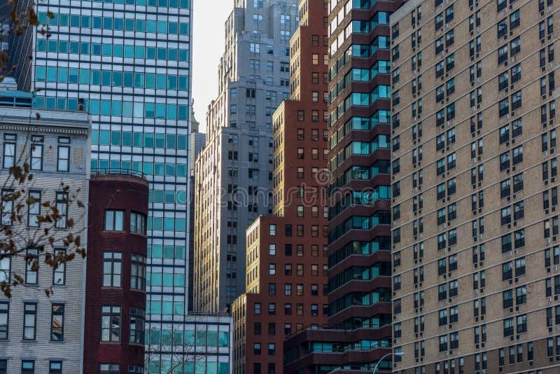 Por do sol em Manhattan do centro fotos de stock