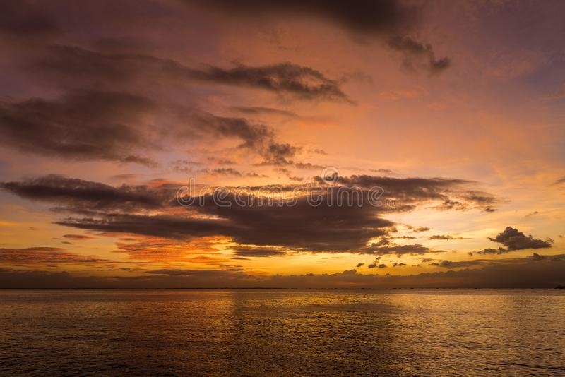 Por do sol em Manila Perto de Bay City fotos de stock