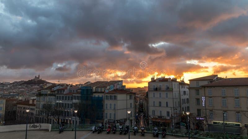 Por do sol em Marselha fotos de stock
