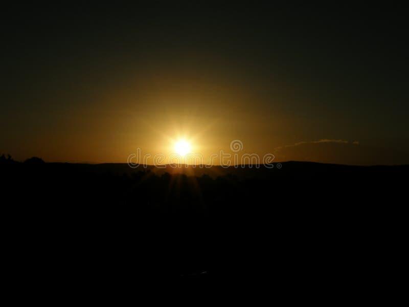 Por do sol em Mina Clavero, Córdova, Argentina foto de stock