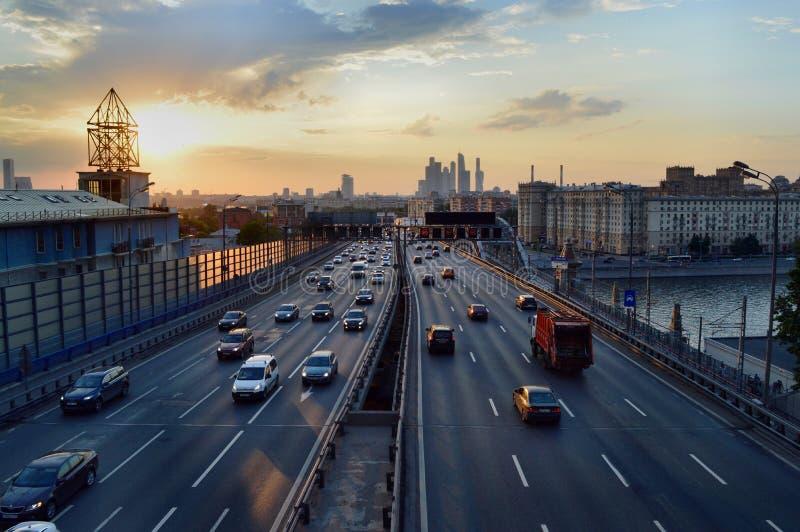 Por do sol em Moscovo fotos de stock