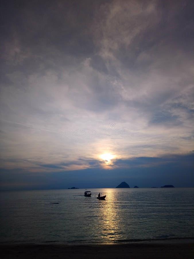 Por do sol em Pulau Perhentian fotografia de stock
