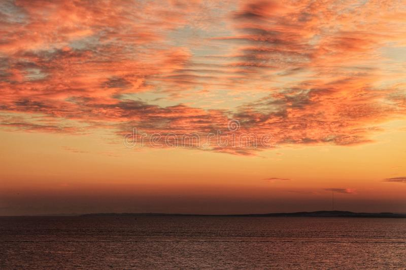 Por do sol em Santa Pola foto de stock royalty free