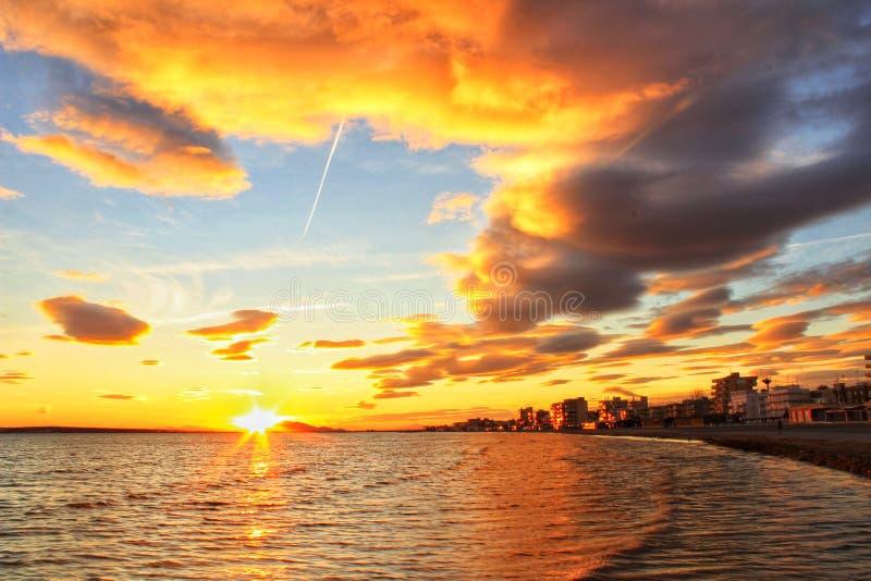 Por do sol em Santa Pola fotos de stock
