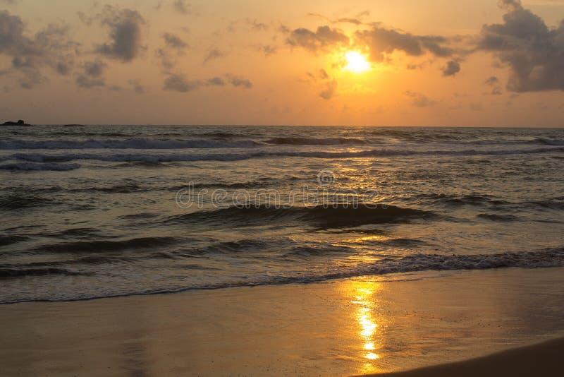 Por do sol em Sri Lanka imagens de stock royalty free