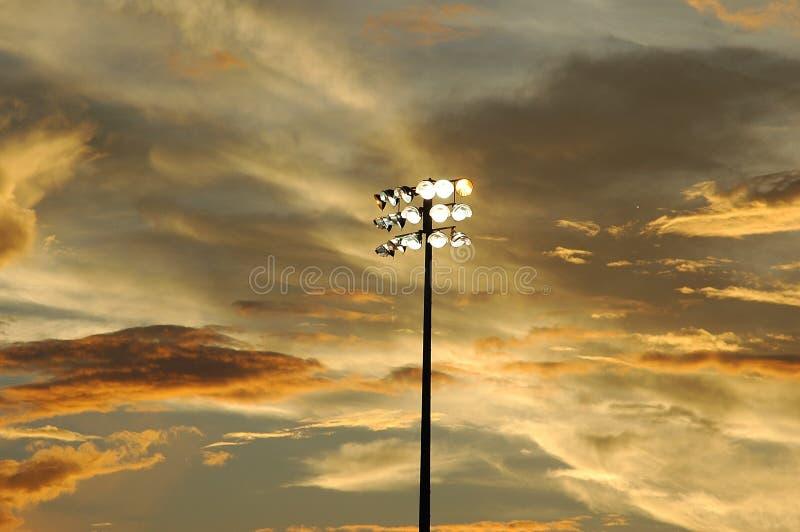 Por Do Sol Em Um Jogo Da Liga Nacional De Basebol Foto de Stock Royalty Free