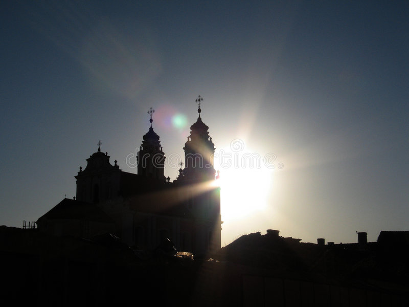 Por do sol em Vilnius imagem de stock